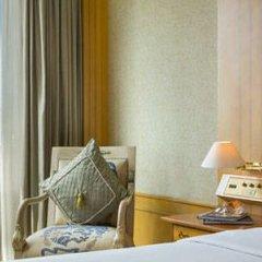 Отель Renaissance Riverside Hotel Saigon Вьетнам, Хошимин - отзывы, цены и фото номеров - забронировать отель Renaissance Riverside Hotel Saigon онлайн удобства в номере фото 2