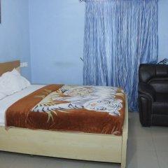 Отель Chisam Suites Annex комната для гостей фото 3