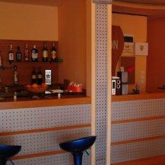 Отель Jemelly Аврен гостиничный бар
