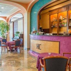 Отель Columbia Италия, Абано-Терме - отзывы, цены и фото номеров - забронировать отель Columbia онлайн гостиничный бар
