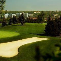Отель Golf спортивное сооружение