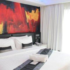 Отель Aspira Skyy Sukhumvit 1 комната для гостей