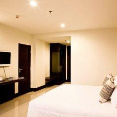 Отель Crystal Suites Suvarnabhumi Airport Бангкок комната для гостей фото 4
