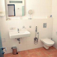 Hotel Pohoda Прага ванная