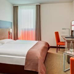 Отель Intercityhotel Berlin-Brandenburg Airport комната для гостей