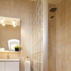 Отель Hôtel Londres Saint Honoré Франция, Париж - отзывы, цены и фото номеров - забронировать отель Hôtel Londres Saint Honoré онлайн ванная фото 2