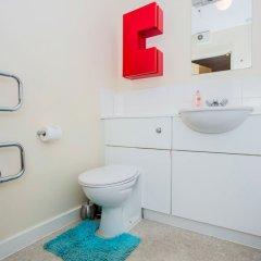 Отель 2 Bedroom Apartment Near Kings Cross Великобритания, Лондон - отзывы, цены и фото номеров - забронировать отель 2 Bedroom Apartment Near Kings Cross онлайн ванная фото 2
