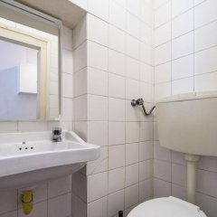 Отель ShortStayFlat Bairro Alto and Bica ванная фото 2
