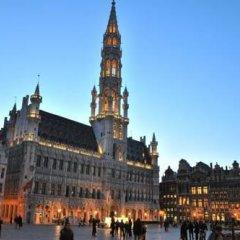 Отель The Secret's House Grand-Place Бельгия, Брюссель - отзывы, цены и фото номеров - забронировать отель The Secret's House Grand-Place онлайн городской автобус