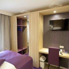 Hotel Emonec сейф в номере