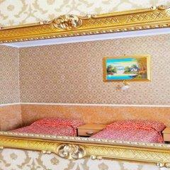 Отель Termini Accommodation сейф в номере