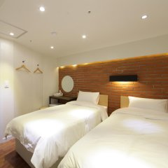 Отель CASA Myeongdong Guesthouse Южная Корея, Сеул - отзывы, цены и фото номеров - забронировать отель CASA Myeongdong Guesthouse онлайн комната для гостей фото 3
