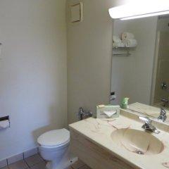 Отель Days Inn Elk Grove Village Chicago OHare Airport West ванная