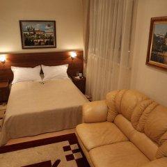 Гостиница Злата Прага Украина, Запорожье - отзывы, цены и фото номеров - забронировать гостиницу Злата Прага онлайн комната для гостей фото 3