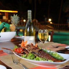 Отель Golden Star Beach Hotel Шри-Ланка, Негомбо - отзывы, цены и фото номеров - забронировать отель Golden Star Beach Hotel онлайн питание