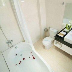 Отель Dragon Palace Hotel Вьетнам, Хошимин - 2 отзыва об отеле, цены и фото номеров - забронировать отель Dragon Palace Hotel онлайн ванная