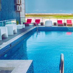 Best Western The Island Hotel бассейн