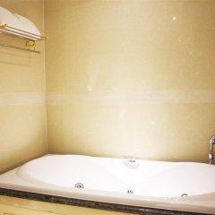 Отель LK The Empress ванная