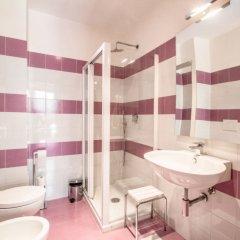 Отель Belle Arti 3 Италия, Флоренция - отзывы, цены и фото номеров - забронировать отель Belle Arti 3 онлайн ванная