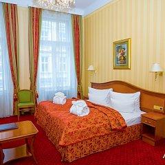 Отель Opera Suites комната для гостей фото 3