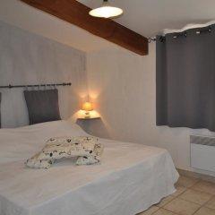 Отель Château de Bessas Gîtes комната для гостей фото 3