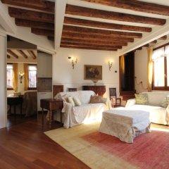 Апартаменты City Apartments - Residence Pozzo Terrace Венеция комната для гостей фото 4