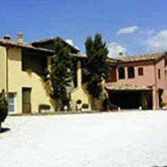 Отель La Marchigiana Италия, Сарнано - отзывы, цены и фото номеров - забронировать отель La Marchigiana онлайн парковка