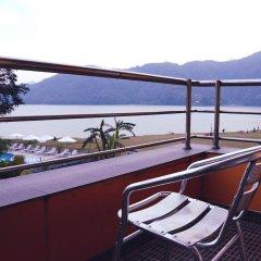 Отель Waterfront by KGH Group Непал, Покхара - отзывы, цены и фото номеров - забронировать отель Waterfront by KGH Group онлайн балкон