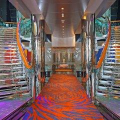 Отель Hilton Creek Дубай интерьер отеля фото 3