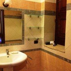Отель Agriturismo Sant' Elia Италия, Сиракуза - отзывы, цены и фото номеров - забронировать отель Agriturismo Sant' Elia онлайн ванная
