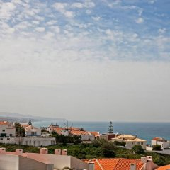 Хостел Ericeira Chill Hill Hostel & Private Rooms пляж