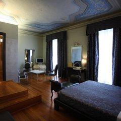 Отель Borghese Palace Art Hotel Италия, Флоренция - 1 отзыв об отеле, цены и фото номеров - забронировать отель Borghese Palace Art Hotel онлайн комната для гостей фото 2