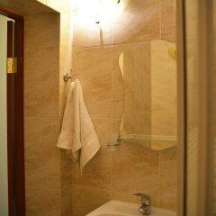 Гостиница Feliz Verano в Коктебеле 8 отзывов об отеле, цены и фото номеров - забронировать гостиницу Feliz Verano онлайн Коктебель ванная