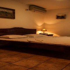 Vila Lux Hotel сейф в номере