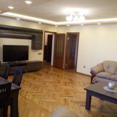 Отель Guest-house Relax Lux - Apartment Армения, Ереван - отзывы, цены и фото номеров - забронировать отель Guest-house Relax Lux - Apartment онлайн комната для гостей фото 3