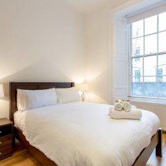 Апартаменты Charlotte Sq. Apartment Private Garden Эдинбург комната для гостей