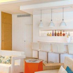Отель Breathless Montego Bay - Adults Only - All Inclusive Ямайка, Монтего-Бей - отзывы, цены и фото номеров - забронировать отель Breathless Montego Bay - Adults Only - All Inclusive онлайн гостиничный бар