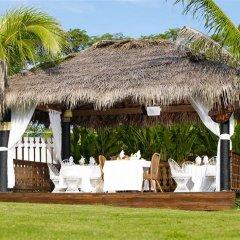 Отель Golden Cove Resort спа