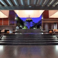 Отель V Villas Hua Hin MGallery by Sofitel интерьер отеля фото 2