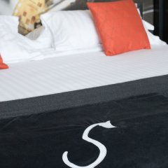 Hotel de Sers-Paris Champs Elysees с домашними животными