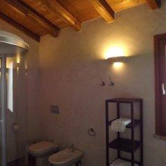 Отель Casa della Fornace Палаццоло-делло-Стелла ванная фото 2