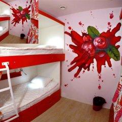 Гостиница HQ Hostelberry Кровать в общем номере с двухъярусной кроватью фото 35