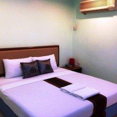 Отель Siam Star Бангкок сейф в номере