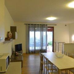 Отель Residence Boschetti Манерба-дель-Гарда комната для гостей