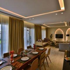 Отель Sealine Beach - a Murwab Resort Катар, Месайед - отзывы, цены и фото номеров - забронировать отель Sealine Beach - a Murwab Resort онлайн питание фото 3