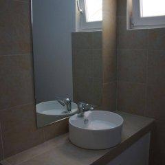 Отель Blue Fountain Греция, Эгина - отзывы, цены и фото номеров - забронировать отель Blue Fountain онлайн ванная фото 2