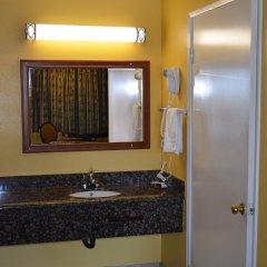 Отель Cloud 9 Inn Lax Инглвуд ванная