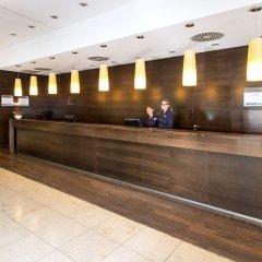 Отель NH Collection Nürnberg City Германия, Нюрнберг - 2 отзыва об отеле, цены и фото номеров - забронировать отель NH Collection Nürnberg City онлайн интерьер отеля фото 2