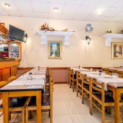 Отель Lantern Guest House Мальта, Зеббудж - отзывы, цены и фото номеров - забронировать отель Lantern Guest House онлайн питание фото 3