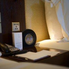 Отель Vana Belle, A Luxury Collection Resort, Koh Samui сейф в номере